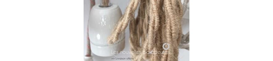 Découvrez les baladeuses câble textile et douille en porcelaine