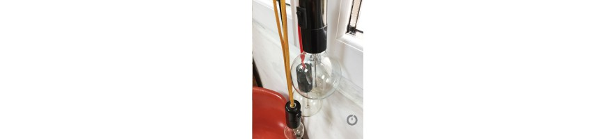 Baladeuse cable textile et sa douille en bakelite avec interrupteur